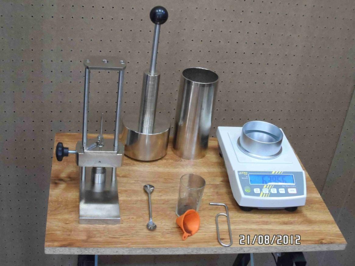 Sada pro ruční pěchování vzorku - - - Set for manual tamping of sample