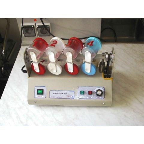 Míchadlo DM-7 pro homogenizaci vzorků uhlí - - - DM-7 mixer for homogenization of coal samples